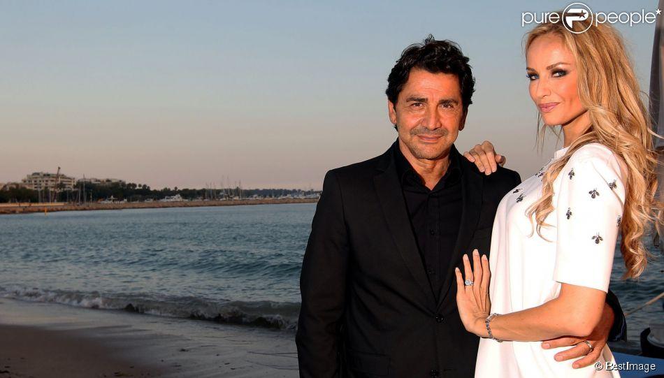 Adriana Karembeu et son mari Aram Ohanian - Adriana est l'invitée d'honneur de la soirée caritative pour soutenir les associations RMC/BFM et Rayon de Soleil de Cannes, à l'occasion des 10 ans de la Plage Z du Grand Hyatt Hotel Martinez à Cannes le 27 juin 2014.