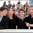 Michel Hazanavicius, Bérénice Bejo, Thomas Langmann et Jean Dujardin lors du photocall du film The Artist au Festival de Cannes 2011