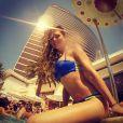 """Clara Morgane très sexy en bikini à Las Vegas, dans son hotel le Encore, en juillet 2014"""