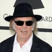 Neil Young : Sa relation avec Daryl Hannah à l'origine de son divorce ?