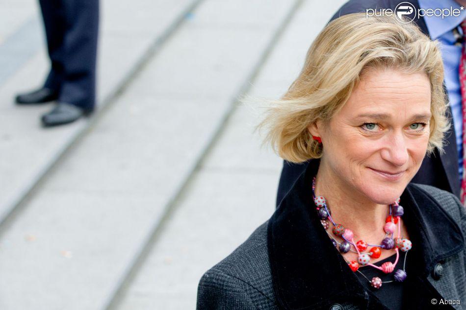 Delphine Boël, fille illégitime supposée du roi Albert II de Belgique, au tribunal de première instance de Bruxelles le 2 octobre 2014 pour assister à l'audience au cours de laquelle le ministère public a rendu son avis concernant sa demande de reconnaissance en paternité visant l'ancien souverain.