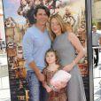 Lou Diamond Phillips en famille à la première du film Les Boxtrolls à Universal City, Los Angeles, le 21 septembre 2014.