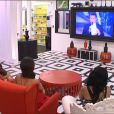 Les quatre finalistes, Leila, Jessica, Vivian et Nathalie dans la finale de Secret Story 8 sur TF1, le vendredo 26 septembre 2014