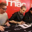 Exclusif - Gustav Schäfer, Bill et Tom Kaulitz - Le groupe Tokio Hotel en dédicaces à la Fnac Saint-Lazare à Paris, le 9 octobre 2014