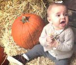 Princesse Leonore de Suède, 8 mois : Adorable avec sa citrouille d'Halloween !