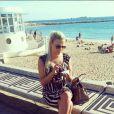 Kelly Vedovelli, mannequin, profite de ses vacances à Marrakech.