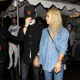 Zac Efron passe la soirée d'Halloween avec sa nouvelle girlfriend Sami Miro à Los Angeles, le 31 octobre 2014.