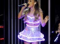 Ariana Grande, relève de Taylor Swift, illumine le show des CMA Awards !