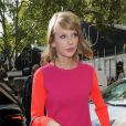 Taylor Swift (sac Aldo Frattapolesine, boucles d'oreilles Coops) se rend au restaurant indien Benares à Londres le 10 octobre 2014  Taylor Swift heads to Benares Indian restaurant in Mayfair for a late lunch 10 October 2014.10/10/2014 - Londres