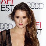 Grace Gummer, fille de Meryl Streep : Un look sensuel au côté d'Hilary Swank
