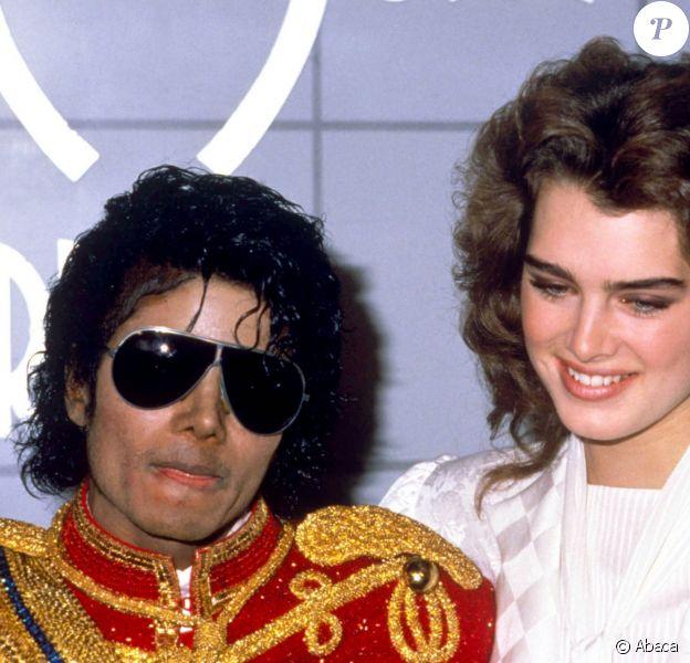 Michael Jackson et Brooke Shields à Los Angeles en 1984.