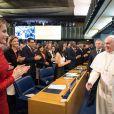 La reine Letizia d'Espagne s'est exprimée devant l'Organisation des Nations unies pour l'Alimentation et l'Agriculture à Rome le 20 novembre 2014, et a eu l'occasion de saluer le pape François, qui était également l'un des intervenants.
