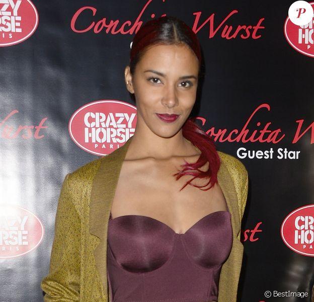Shy'm - People à la première du show de Conchita Wurst au Crazy Horse à Paris le 9 novembre 2014.