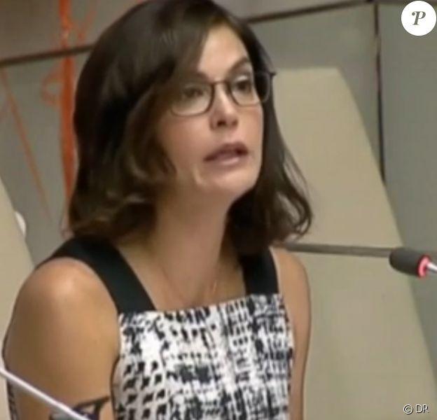 Teri Hatcher a livré un discours émouvant mardi 25 novembre 2014 au siège de l'ONU à New York.