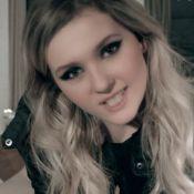 Abigail Breslin (Little Miss Sunshine) : Métamorphosée, elle dévoile 'You Suck'