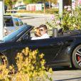 Robin Thicke en compagnie d'April Love Geary à Los Angeles, le 29 novembre 2014.