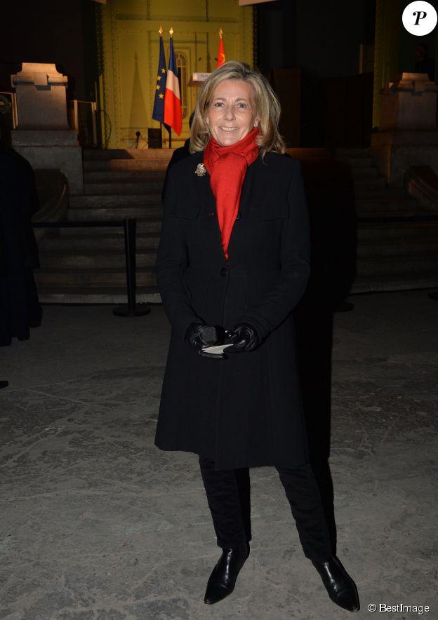 Claire Chazal fête ses 58 printemps : retour en 10 photos sur l'icône glamour du JT de TF1.