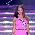 Les 33 miss défilent en mailot de bain, le 6 décembre 2014 sur TF1 dans Miss France 2015.