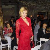 Valeria Bruni-Tedeschi très décolletée pour le sacre d'Ida