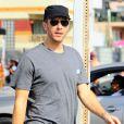 """Chris Martin sur le tournage du film """"Slashed"""" à Venice Beach, le 25 juin 2014."""