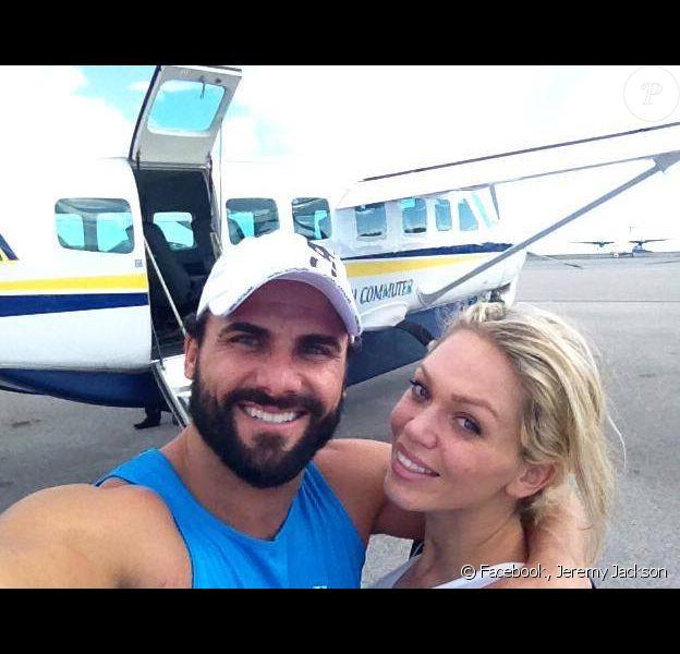 Jeremy Jackson et son épouse Loni Willison, quelques mois après leur mariage, novembre 2013.