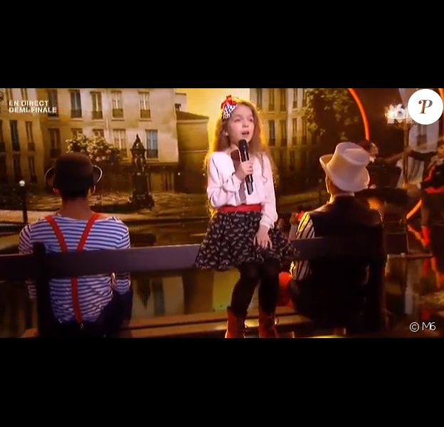 """Erza - Demi-finale de """"La France a un incroyable talent 2015"""" sur M6. Le 20 janvier 2015."""