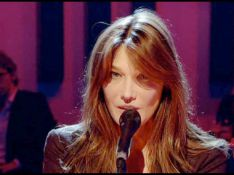 VIDEO + REPORTAGE PHOTO : Carla Bruni en live... c'est sa came ! (réactualisé)
