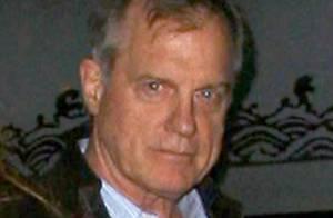 Stephen Collins (Sept à la maison) pédophile : Première sortie en public