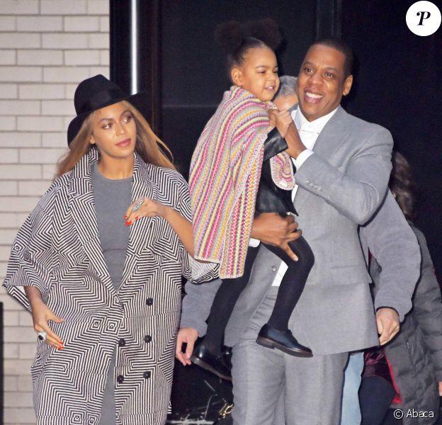 Beyoncé, Jay Z et leur fille Blue Ivy à New York. Le 7 décembre 2014.