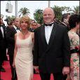 """Philippe Etchebest et son éposue - Montée des marches du film """"La conquête"""" - 64e festival de Cannes en 2011."""