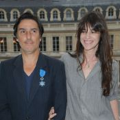 Yvan Attal : Son projet avec son amoureuse Charlotte Gainsbourg...