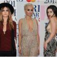 Rita Ora, Cara Delevingne, Charli XCX, Taylor Swift... sur le tapis rouge de la 35e cérémonie des Brit Awards à l'O2 Arena de Londres, le 25 février 2015.