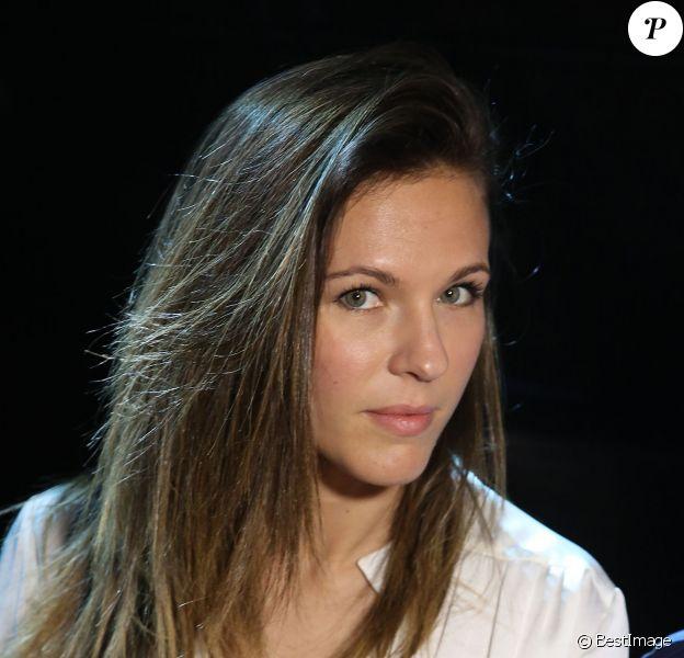 Exclusif - Lorie en backstage - Remise des prix du 36e Festival Mondial du cirque de Demain au Cirque Phenix à Paris, le 1er Février 2015.