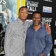 """Jessie Usher et Thomas Carter lors de l'avant-première du film """"When The Game Stands Tall"""" à Los Angeles, le 4 août 2014."""