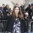 """Alma Jodorowsky - Arrivées au défilé de mode """"Chanel"""", collection prêt-à-porter automne-hiver 2015/2016, à Paris. Le 10 mars 2015"""