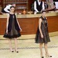 """Défilé de mode """"Chanel"""", collection prêt-à-porter automne-hiver 2015/2016, à Paris. Le 10 mars 2015"""