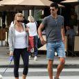 Novak Djokovic avec son épouse Jelena Ristic dans les rues de West Hollywood, le 10 mars 2015