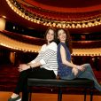 """Exclusif - Anouchka Delon et Baya Rehaz - Rendez-vous au théâtre de la Michodière à Paris, le 11 mars 2015 pour la pièce """"Hibernatus""""."""