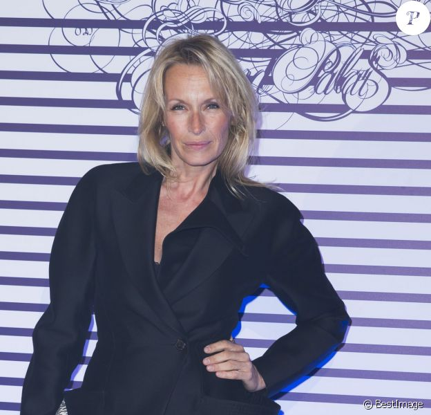 "Estelle Lefébure - Vernissage de l'exposition ""Jean Paul Gaultier"" au Grand Palais à Paris, le 30 mars 2015."