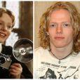 Hugh Mitchell (aka Colin Crivey) en 2002 /  Hugh Mitchell en 2008.