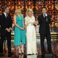 Fred Savage et le casting de The Wonder Years sur la scène des 2015 TV Land Awards au Saban Theater, à Beverly Hills, le 11 avril 2015