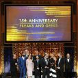 Le casting de Freeks and Geeks sur la scène des 2015 TV Land Awards au Saban Theater, à Beverly Hills, le 11 avril 2015