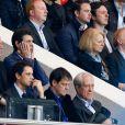 Jean-Claude Darmon, Marc Lavoine lors de la rencontre entre le Paris Saint-Germain et le FC Barcelone en quart de finale de la Ligue des champions, le 15 avril 2015 au Parc des Princes à Paris