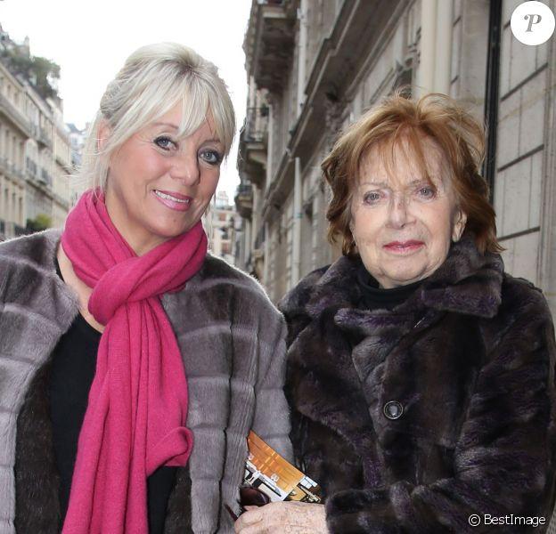 Exclusif - Marthe Mercadier et sa fille Véronique avenue Montaigne à Paris, le 24 février 2015.