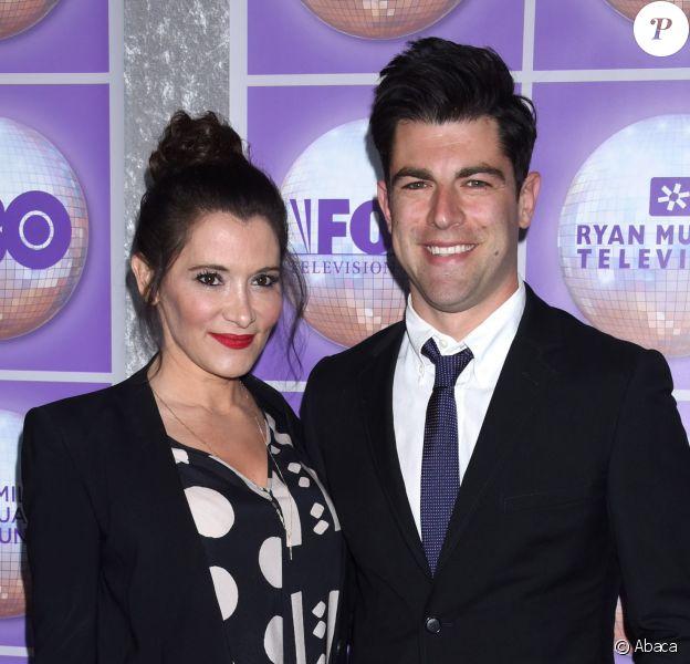 Max Greenfield (New Girl) et son épouse Tess Sanchez le 28 février 2015 au gala des Family Equality Council's Awards à Los Angeles. Le couple attend son deuxième enfant.