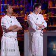 Pierre Augé et Xavier Koenig dans  Top Chef, le choc des champions 2015 , sur M6, le lundi 20 avril 2015.