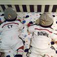 Zoe Saldana a ajouté une photo des jumeaux Cy et Bowie, sur son compte Instagram le 3 avril 2015