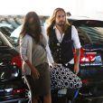 Zoe Saldana et son mari Marco Perego emmènent leurs jumeaux Cy Aridio et Bowie Ezio à une consultation chez le médecin à Beverly Hills, le 23 mars 2015.