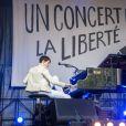 """Jeanne Cherhal - Reporters Sans Frontières (RSF) organise pour ses 30 ans """"Un concert pour la liberté"""" pour célébrer la Journée Mondiale de Liberté de la Presse sur la place de la République à Paris, le 3 mai 2015."""