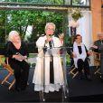 Mimie Mathy a été décorée de la Légion d'honneur avec les insignes de chevalier - Pavillon Dauphine à Paris, lundi 4 mai 2015.